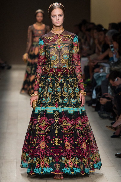 Неделя моды в Париже. Коллекция Valentino весна-лето 2014