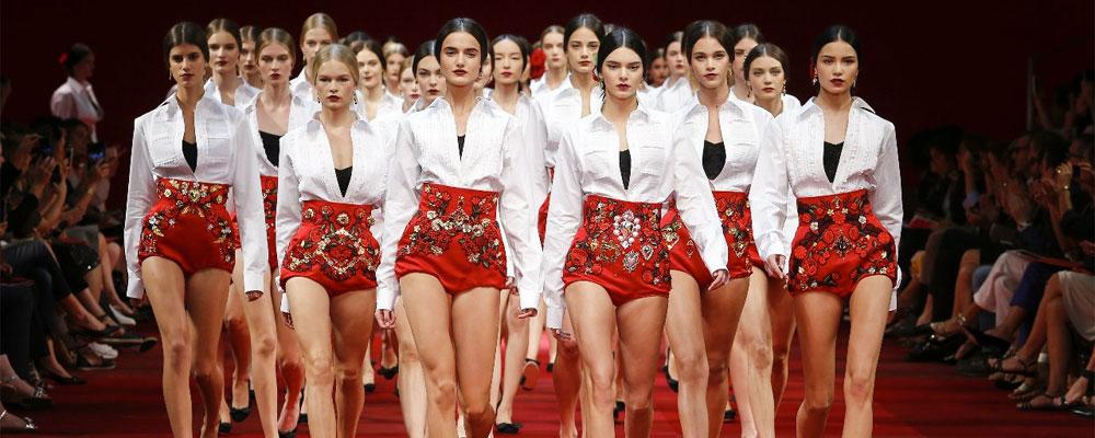 Dolce & Gabbana представили летнюю коллекцию в Милане