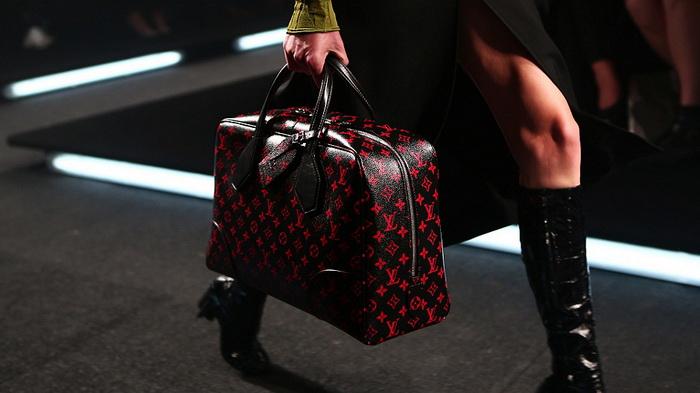 ����� Louis Vuitton �� ���������� ������ � ������