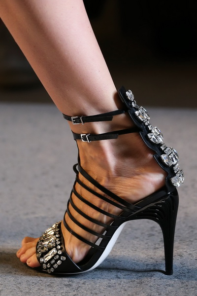 Обувь с показа Fendi