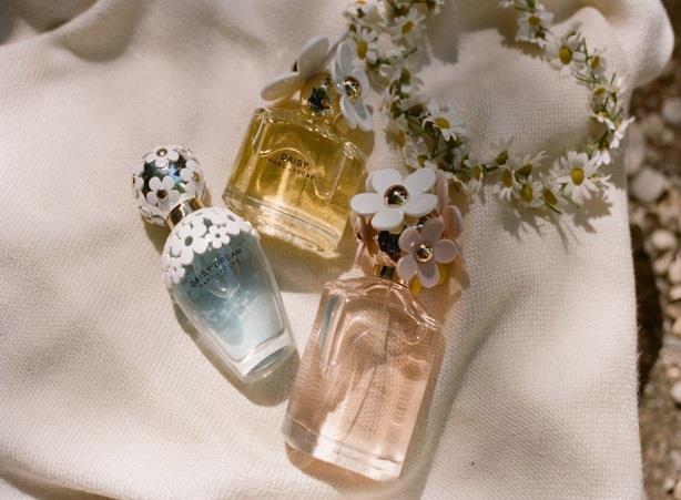 Daisy Dream – прибавление в семье ароматов Marc Jacobs