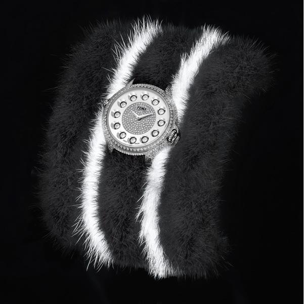 Бриллианты, сапфиры и мех норки: культовая коллекция Fendi Crazy Carats