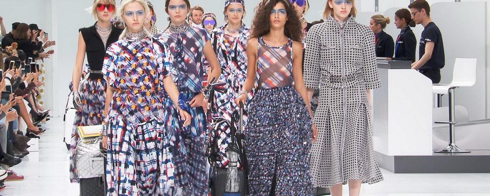 Сумки с показов Недели моды в Париже