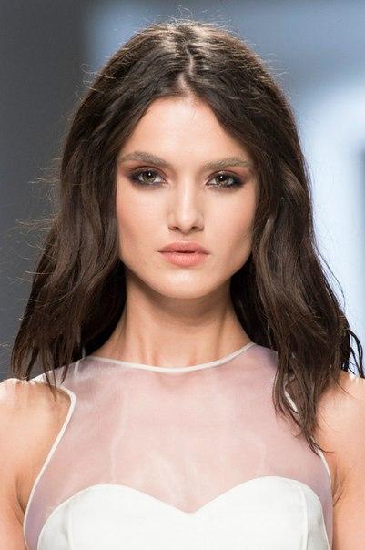 Модель Бланка Падилья на показах Недели моды в Милане
