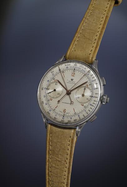 На аукционе в Женеве проданы самые дорогие часы Rolex 1942 года