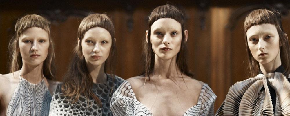 Показ Iris van Herpen Couture осень-зима 2016