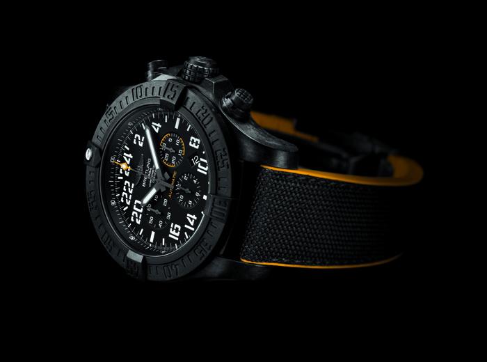 Breitling ������������ ����� ��������� Avenger Hurricane (������)