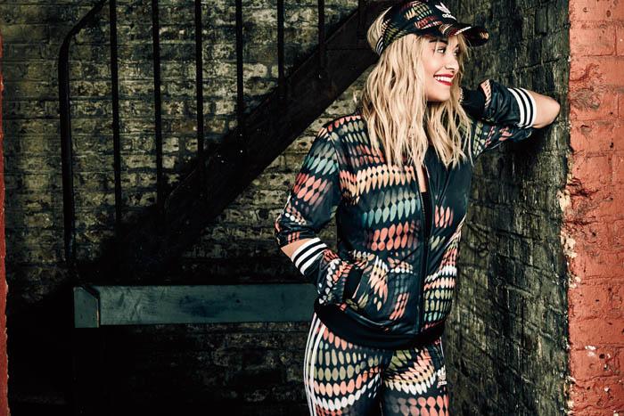 Adidas Originals и дизайнер Ритой Ора создали новую коллекцию Artistic Lights