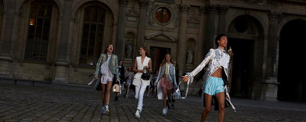 Неделя Моды в Париже: показ Louis Vuitton SS-2018