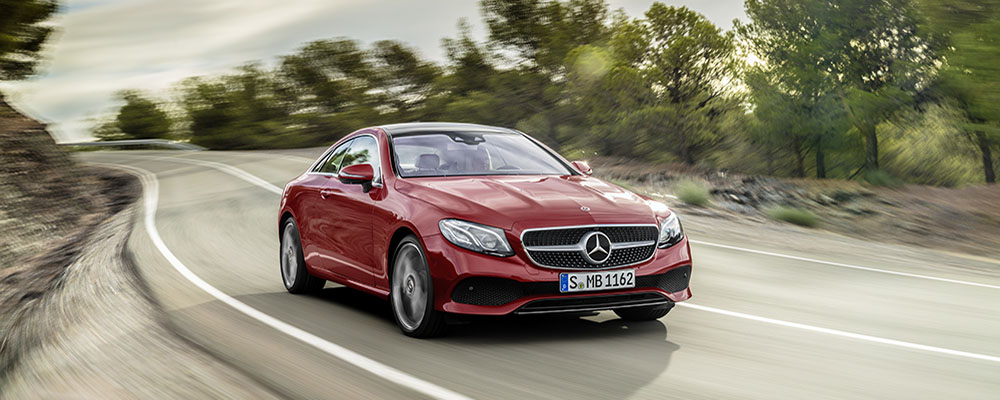 Новое стильное купе Mercedes-Benz Е-Класса